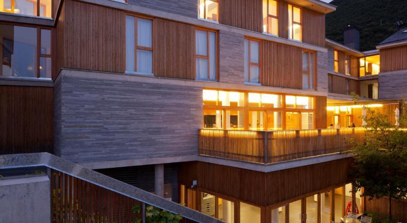 hoteles con encanto en huesca  348