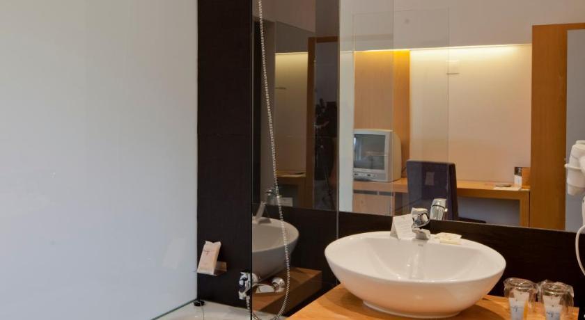 hoteles con encanto en huesca  365