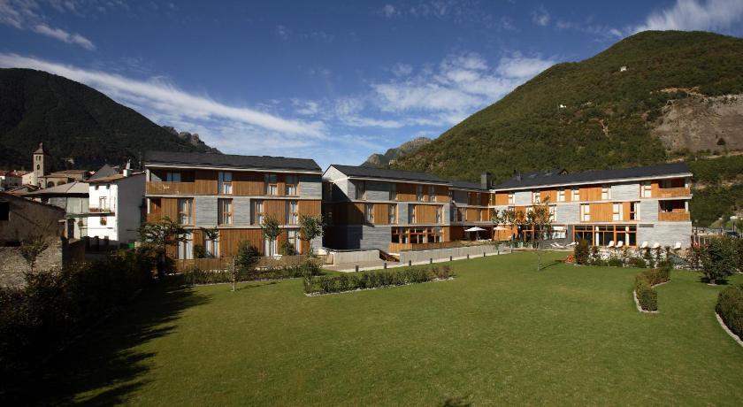 hoteles con encanto en huesca  355