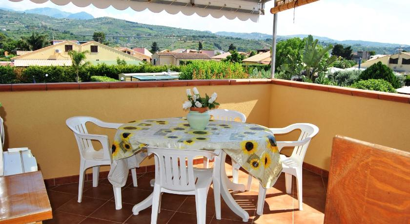 Studio with Terrace and Pool View - Balcony/terrace Case Vacanze Paradise Beach