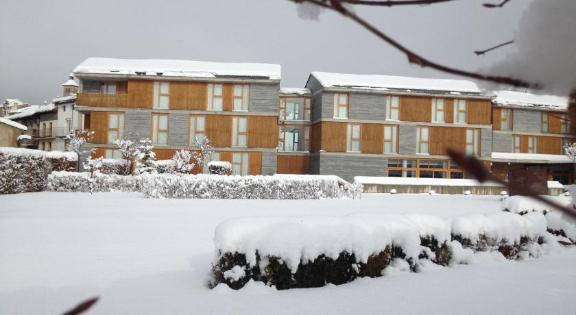 hoteles con encanto en huesca  363