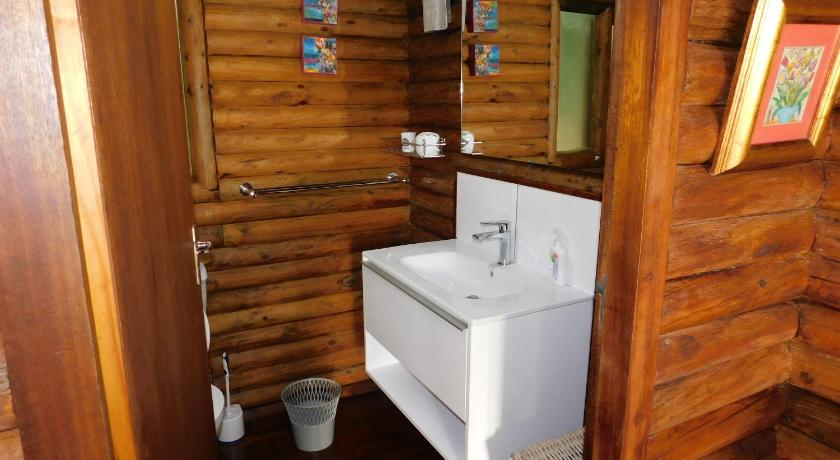 Casa con 3 Habitaciones - Baño Forest Drive Holiday Home