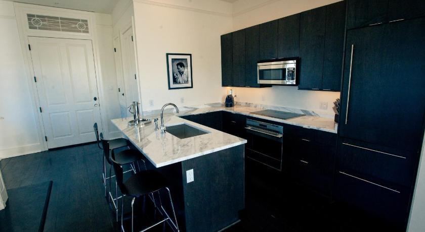 Melrose Mansion Suites 937 Esplanade Avenue New Orleans