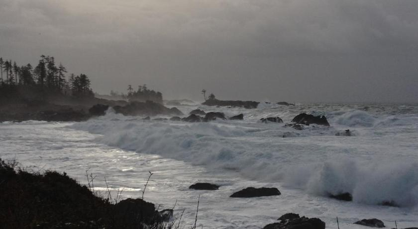 Wild Shores Guest House 333 Pass of Melfort Ucluelet