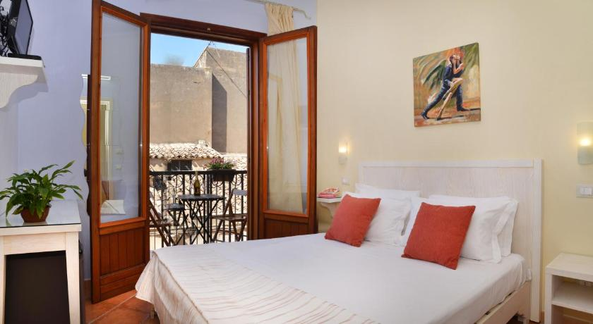 Small Double or Twin Room - Guestroom Badia