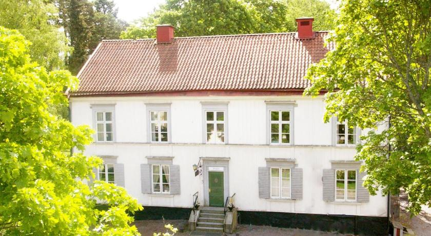 More About Eklundshof Sweden Hotels