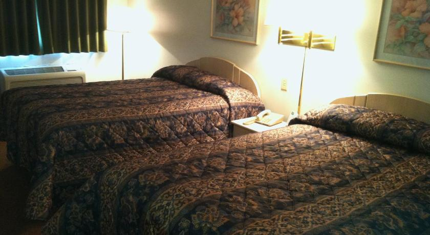 Double Room with Two Double Beds - Non-Smoking Heritage Inn Mansfield