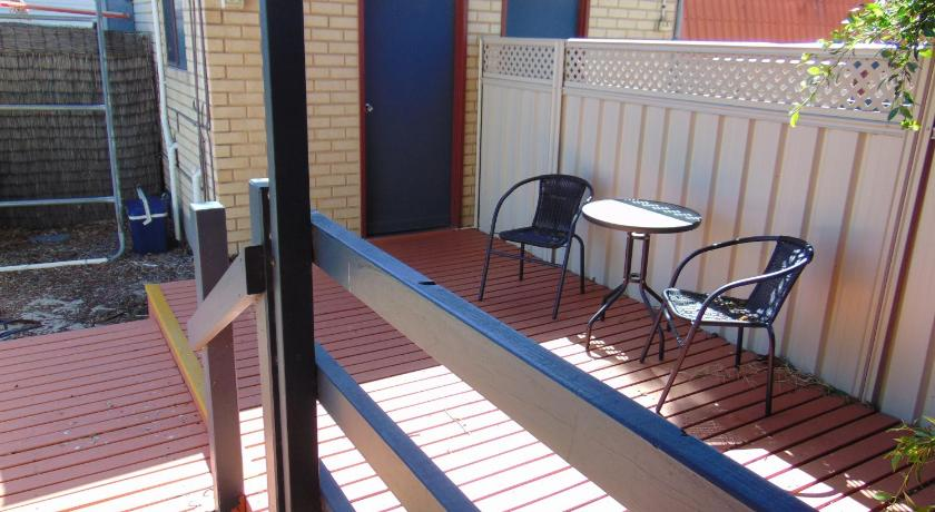 Motel Unit with External Bathroom - Bad Fremantle Village