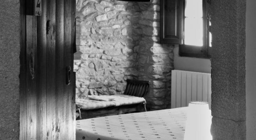hoteles con encanto en peratallada  82