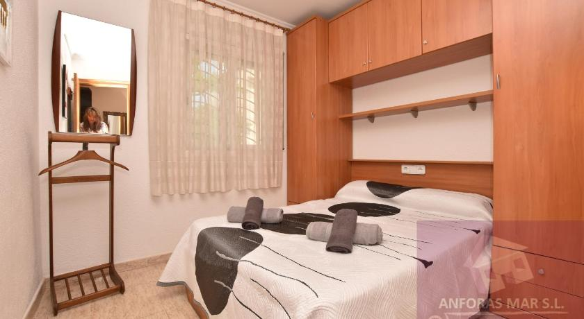Three-Bedroom Townhouse - Guestroom Anforas Mar Gavina
