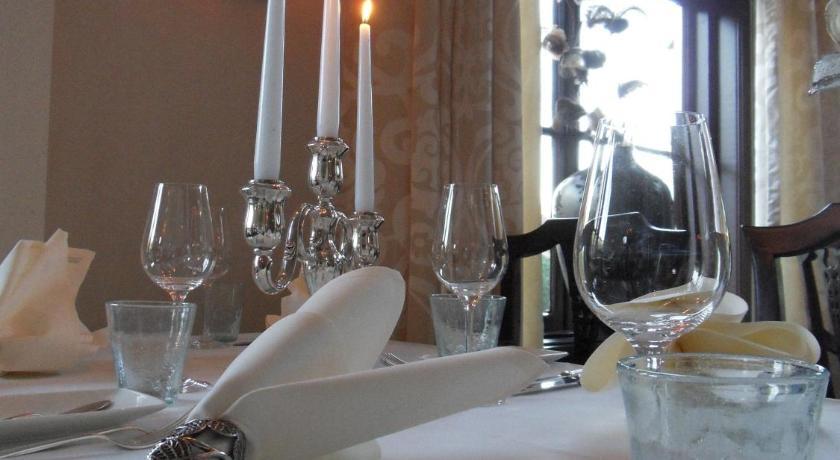 "Boutique Hotel-Restaurant ""De Zwarte Boer"" Jhr. Dr. C.J. Sandbergweg 67 Ermelo"