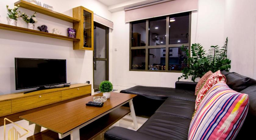 Three-Bedroom Apartment - Guestroom Cozy Thien Apartment Icon 56