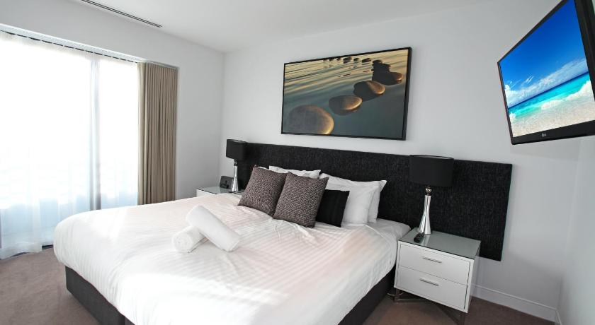 See all 30 photos Holiday Holiday Soul Surfers Paradise Private Apartments