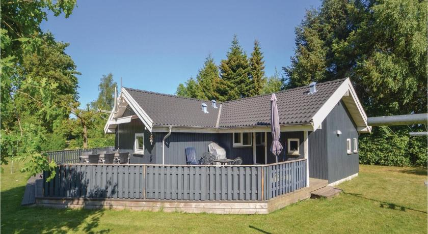 شاهد صورنا الـ24 Holiday home Hybenvænget Glesborg V