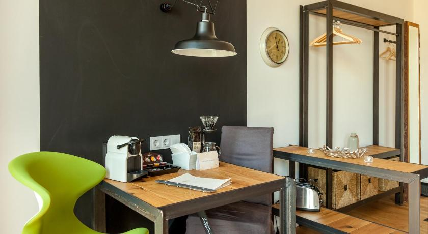 Studio Apartment Das lebendige Haus am Zwinger – Design-Aparthotel