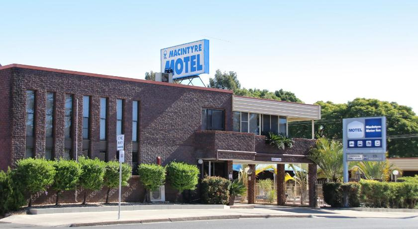 More about Macintyre Motor Inn