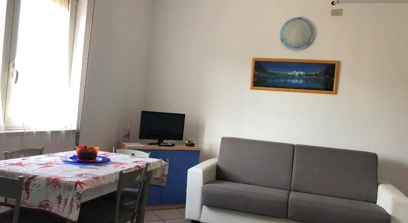 One-Bedroom Apartment - Bed Apartment Tirreno