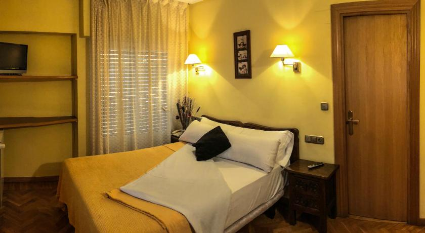 Double or Twin Room - Bed Hotel A Nieu