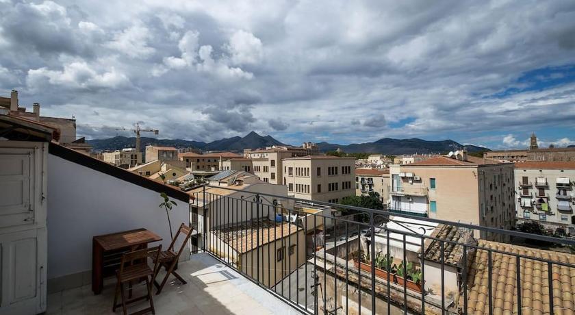 Attico in centro storico con terrazze panoramiche - Palermo ...