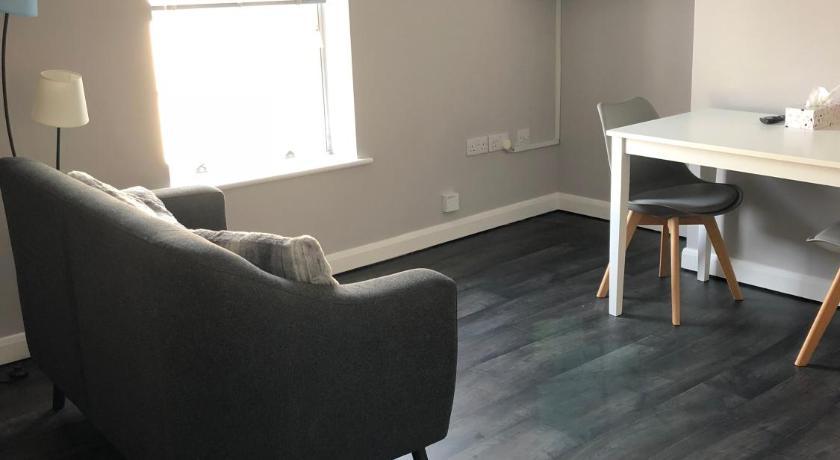 apartment club no 4