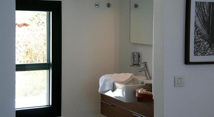 hoteles con encanto en es migjorn gran  25