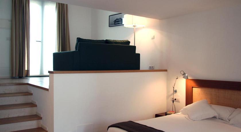 hoteles con encanto en es migjorn gran  35