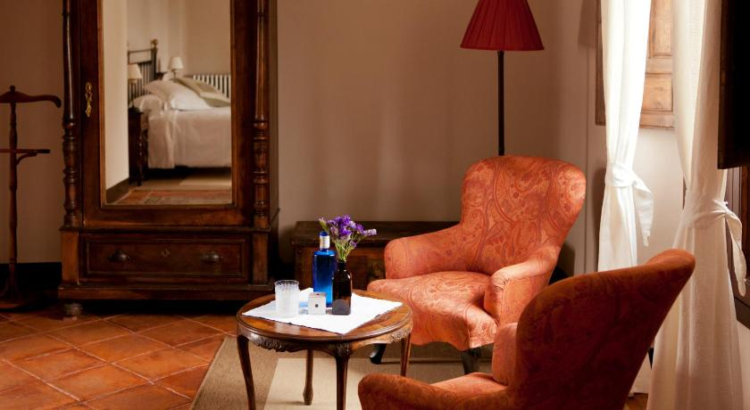 hoteles con encanto en granada  596