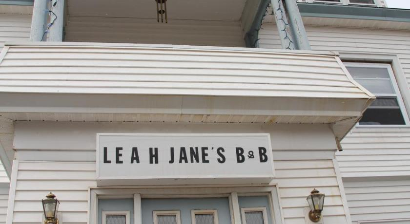 More about Leah Jane's Bed & Breakfast
