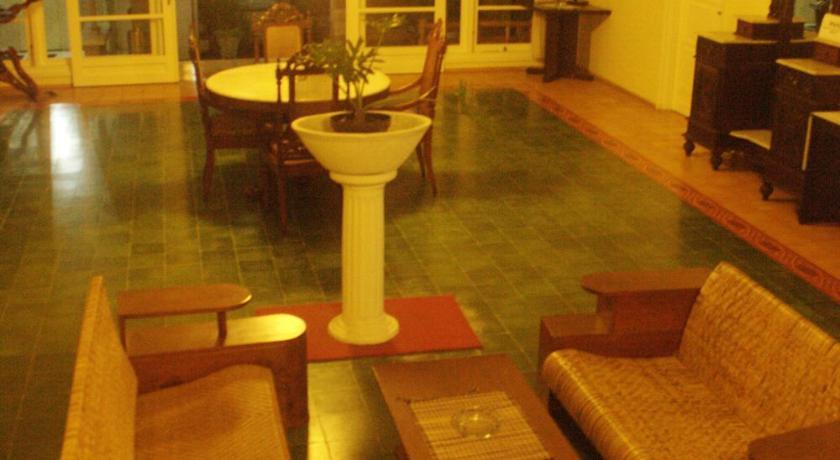 Hotel Safari Mungkid Bedandbreakfast Eu