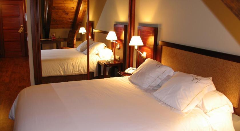 hoteles con encanto en tramacastilla de tena  27