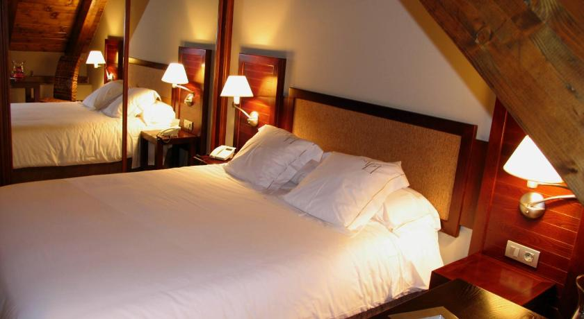 hoteles con encanto en tramacastilla de tena  28