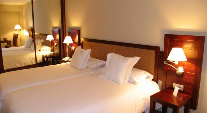 hoteles con encanto en huesca  86