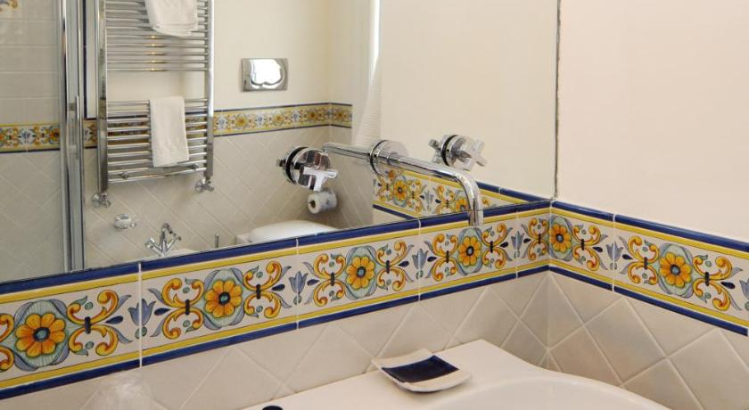 Standard Double or Twin Room - Bathroom Residenza Luce