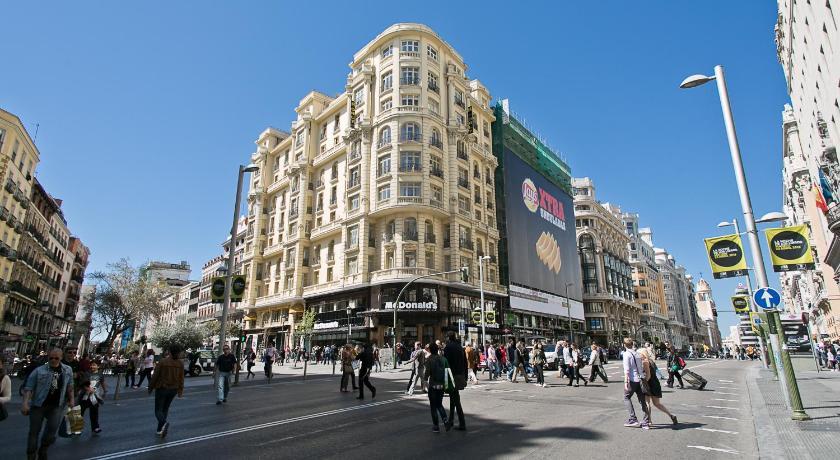 hostal go inn madrid book online bed breakfast europe