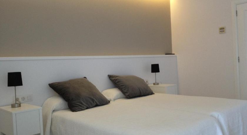 hoteles con encanto en fornells  16