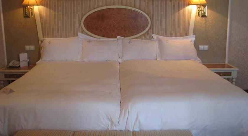 hoteles con encanto en albacete  59