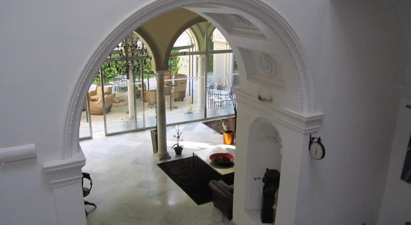hoteles con encanto en cádiz  276