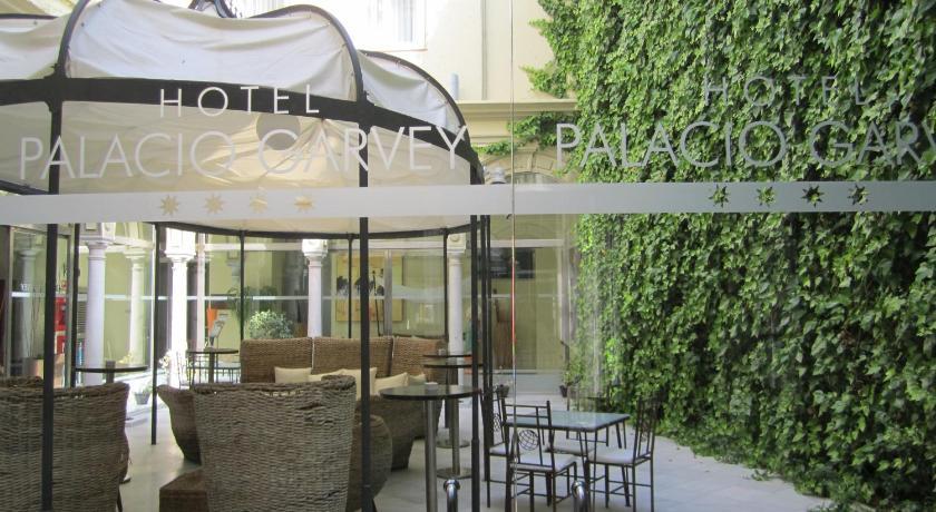 hoteles con encanto en cádiz  309