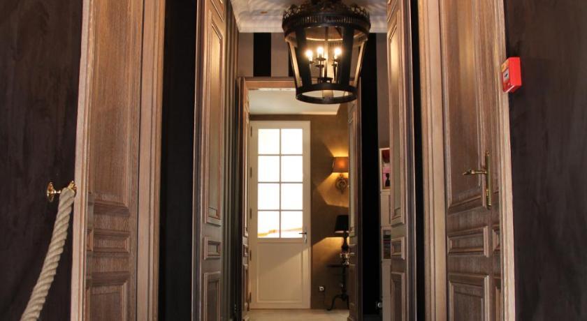 Villa Glamour 85 Rue de la Pompe Paris