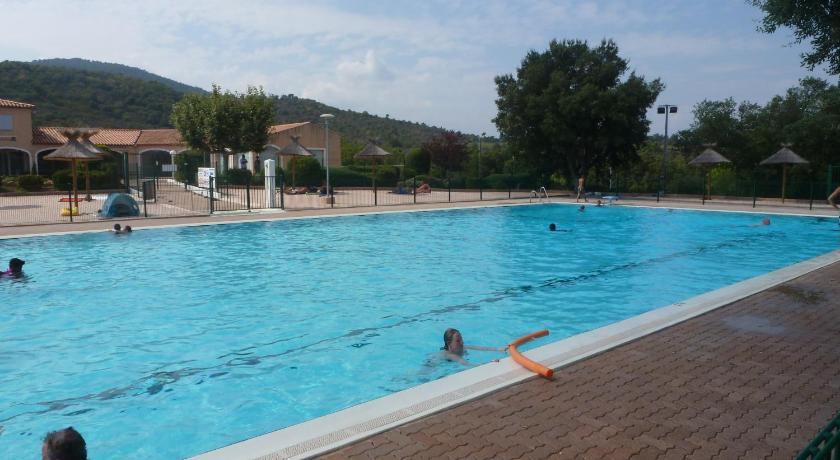 Swimming pool Domaine des 2 Collines