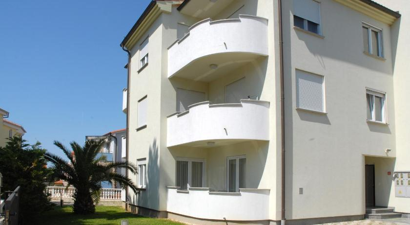 More about Apartments Benic