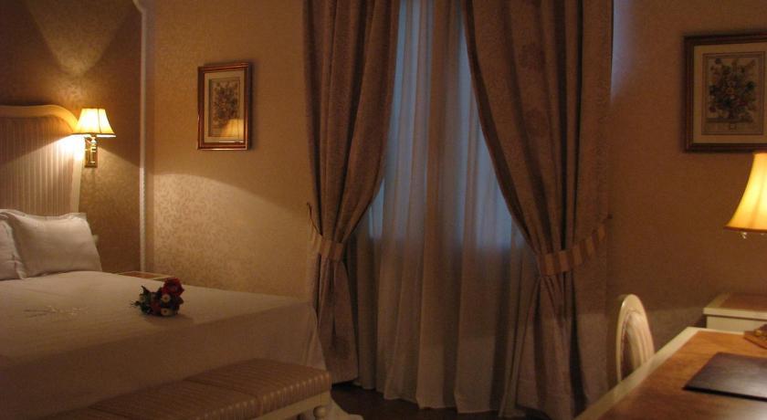 hoteles con encanto en albacete  75