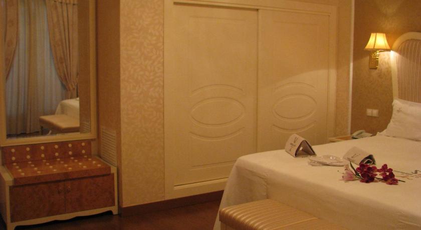 hoteles con encanto en albacete  76