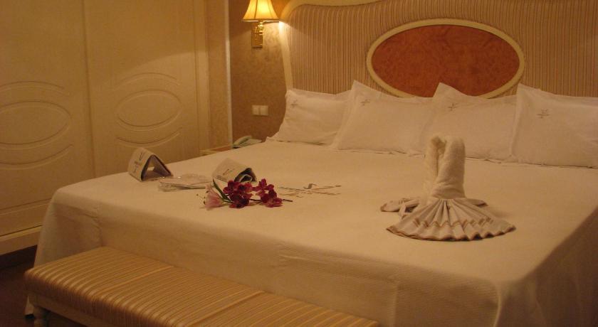 hoteles con encanto en albacete  80