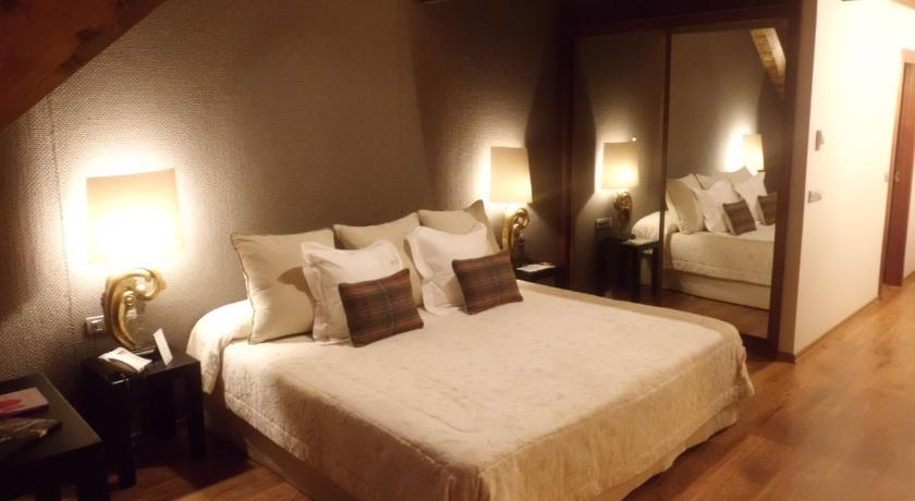 hoteles con encanto en tramacastilla de tena  42