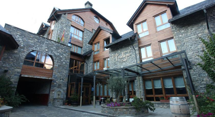 hoteles con encanto en tramacastilla de tena  7
