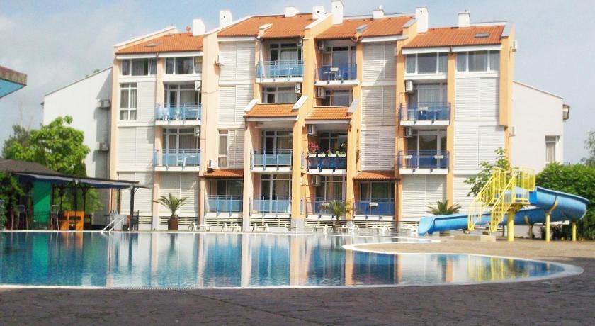 Gal Apartments in Elit 1 Complex