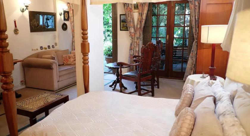 Stupendous Jambo Guest House Garden Suite In Green Point Photos Interior Design Ideas Inesswwsoteloinfo