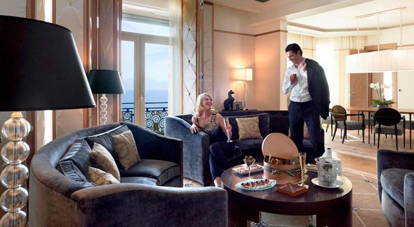Grand hyatt cannes hotel martinez cannes provence alpes for Hotel martinez cannes tarifs chambres