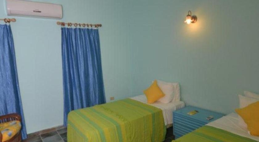 Two-Bedroom Apartment - Guestroom Lamblion Holiday Apartment